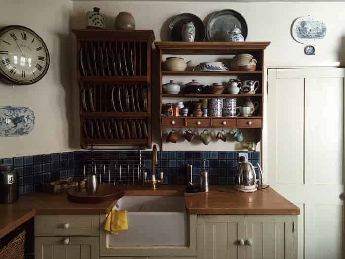 Creative Vertical Storage for Your Baking Pans